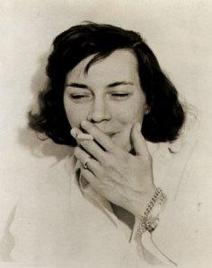 Patricia Highsmith in un ritratto giovanile
