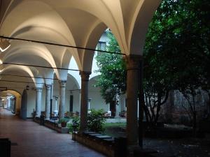 DSC01481_-_Umanitaria,_Milano_-_Chiostro_delle_statue
