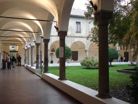 DSC01485_-_Umanitaria,_Milano_-_Chiostro_grande.jpg